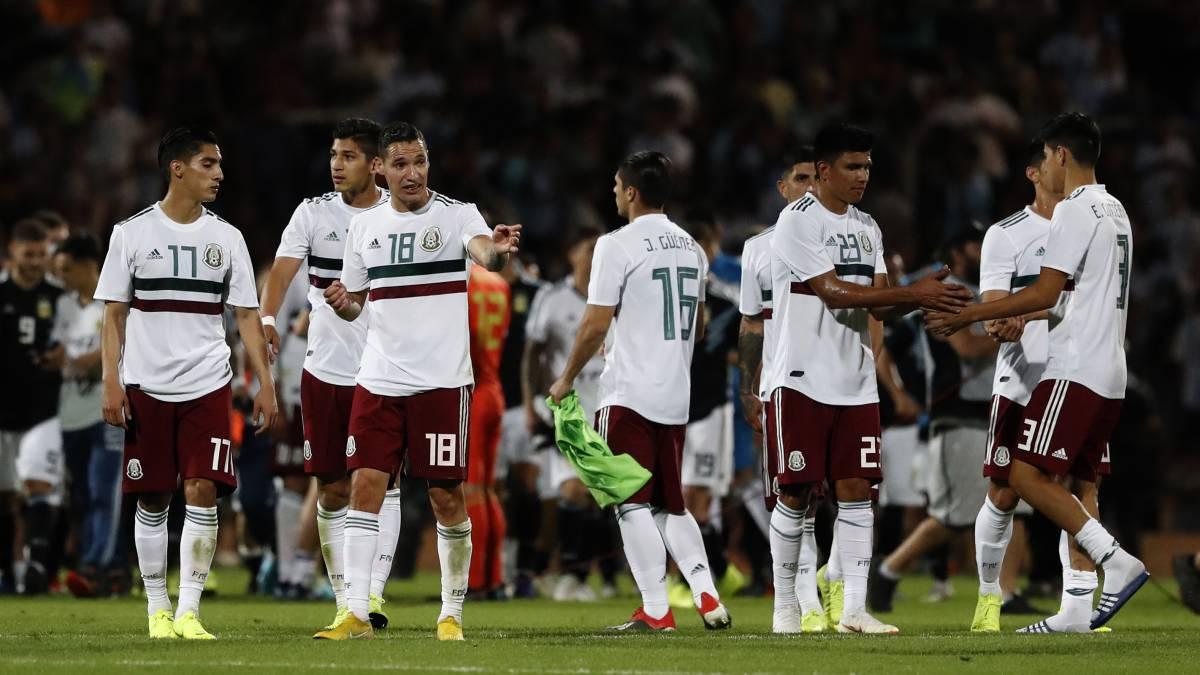 Selección Mexicana de Futbol cae un peldaño en ranking FIFA