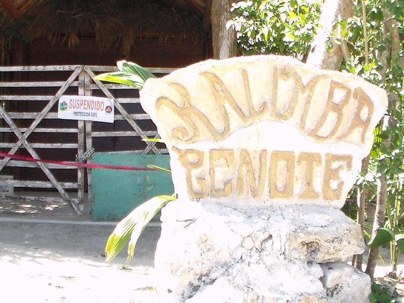 Mueren dos buzos extranjeros en cenote de Tulum