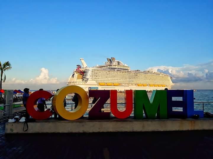 Cozumel hace historia con arribo de turistas