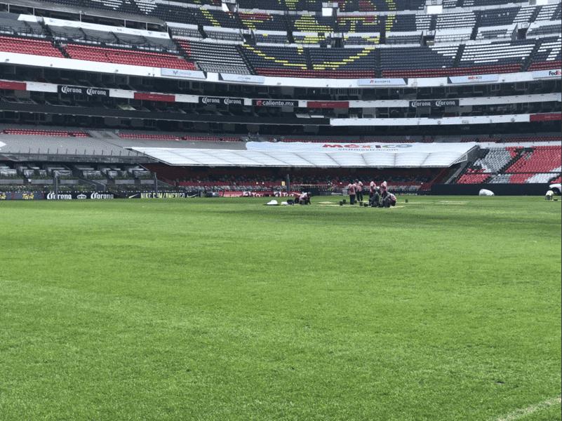 ¿A una semana de recibir a la NFL el Azteca cambia el césped?
