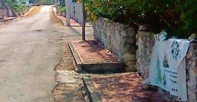 Hombre ataca a machetazos a mujer en Yucatán