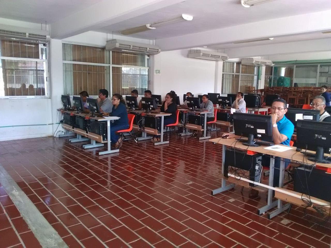 Concluye evaluación a maestros en Quintana Roo