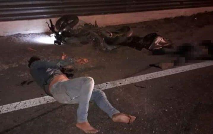 Conductor mata a mujer que iba abordo de motocicleta