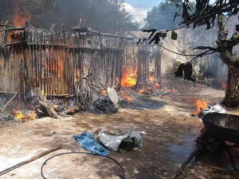 Se incendia casa tras cortocircuito mientras familia dormía en Yucatán