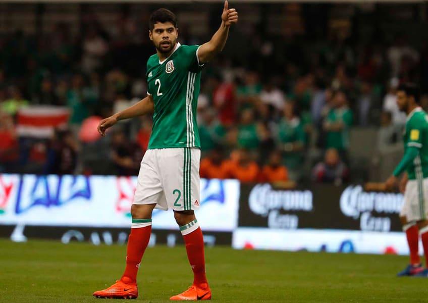 Néstor Araujo es baja de la Selección Mexicana