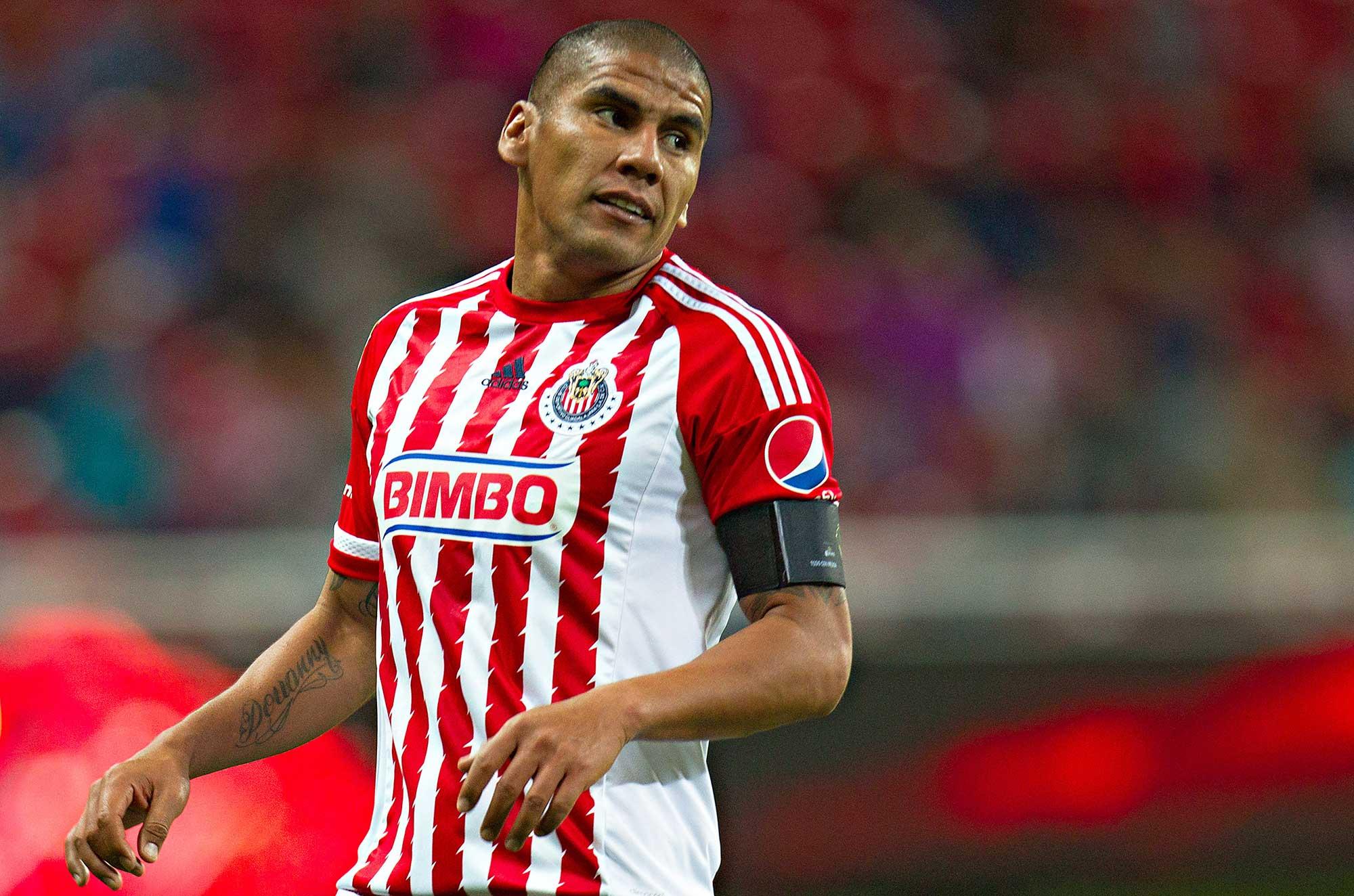 Liga MX: Carlos Salcido no continuará con Chivas