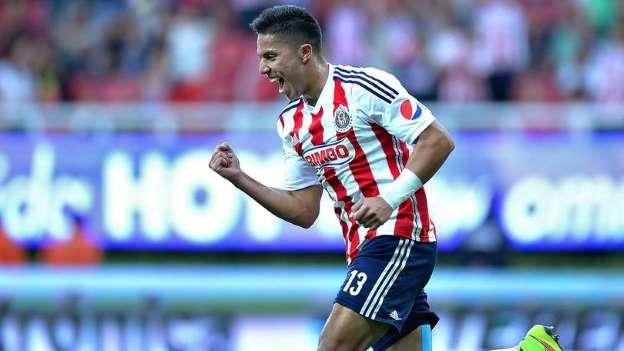 Liga MX: Carlos Salcedo regresaría a Chivas