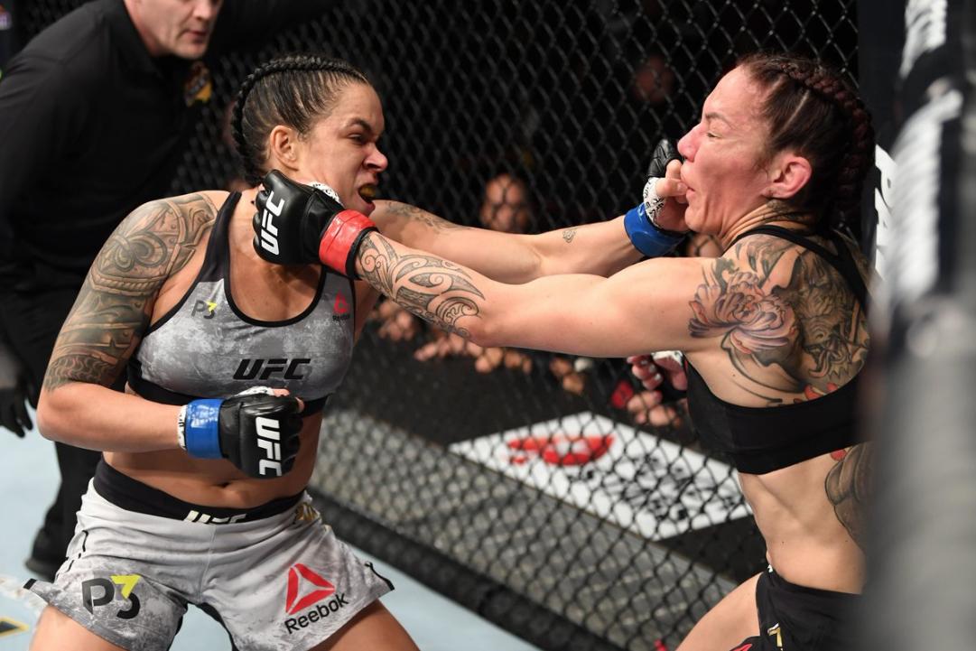 UFC: Amanda Nunes derrotó a Cris Cyborg en 51 segundos