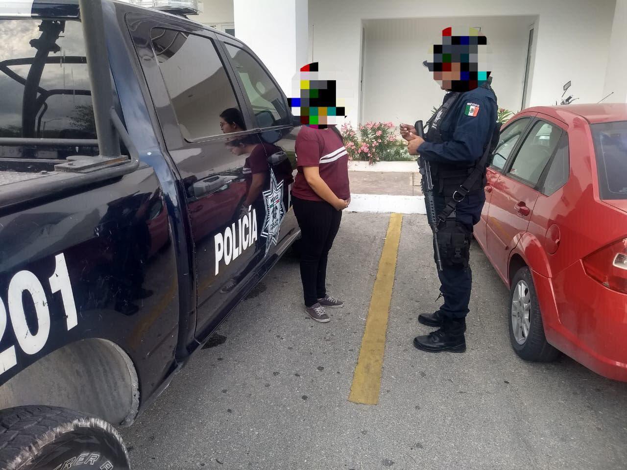 Detienen en Playa del Carmen a mujer con 1 millón de pesos en efectivo