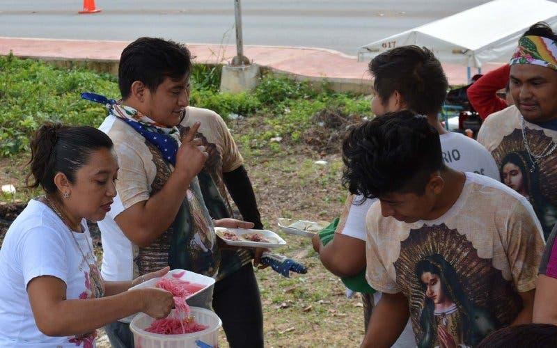 Familias en Yucatán alimentan a los antorchistas