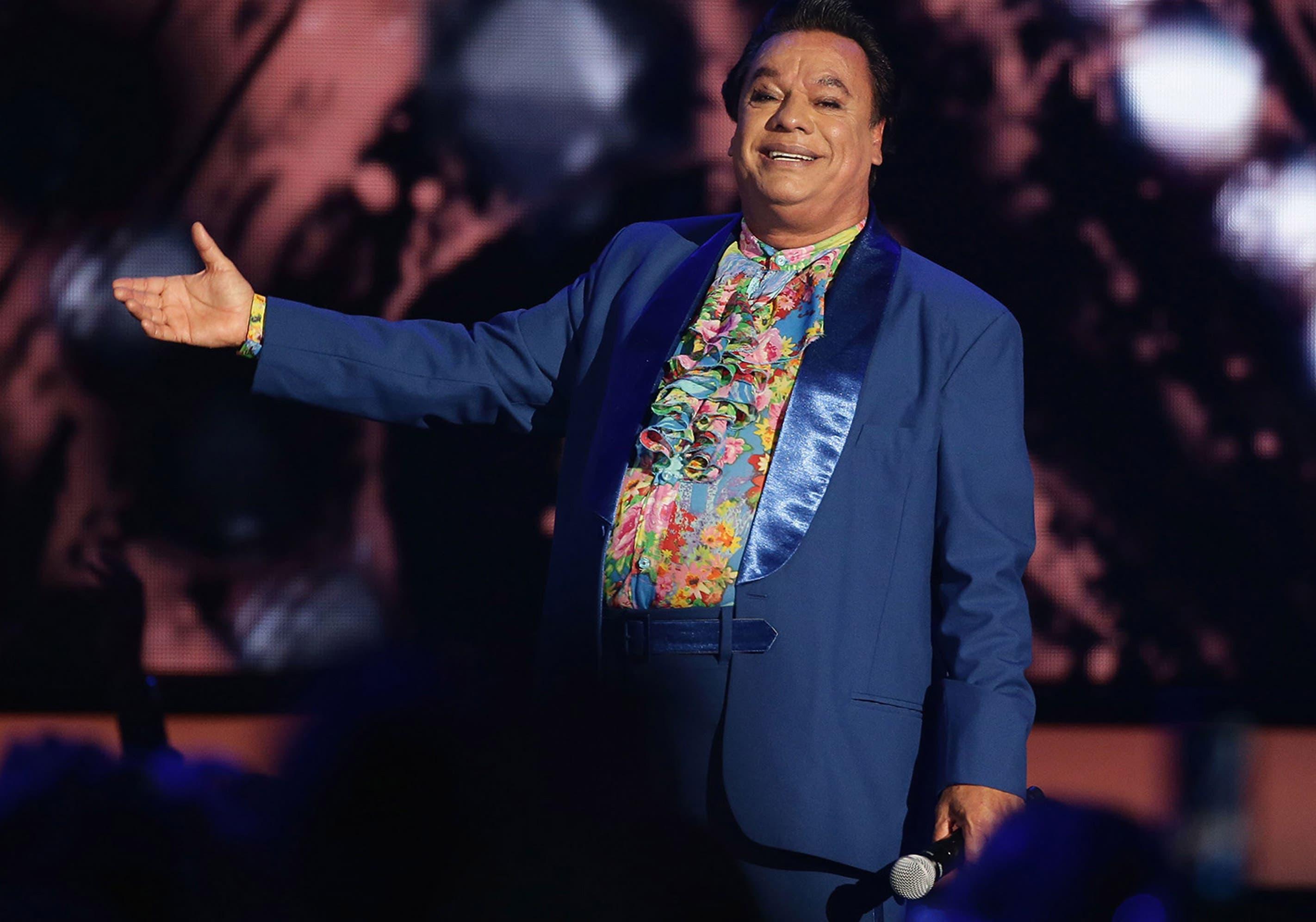 Juan Gabriel: Revelan foto del cantante que probaría que sigue vivo
