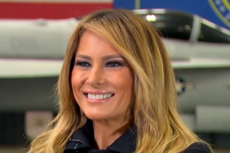 Se burlan con memes de Melania Trump por su cabello
