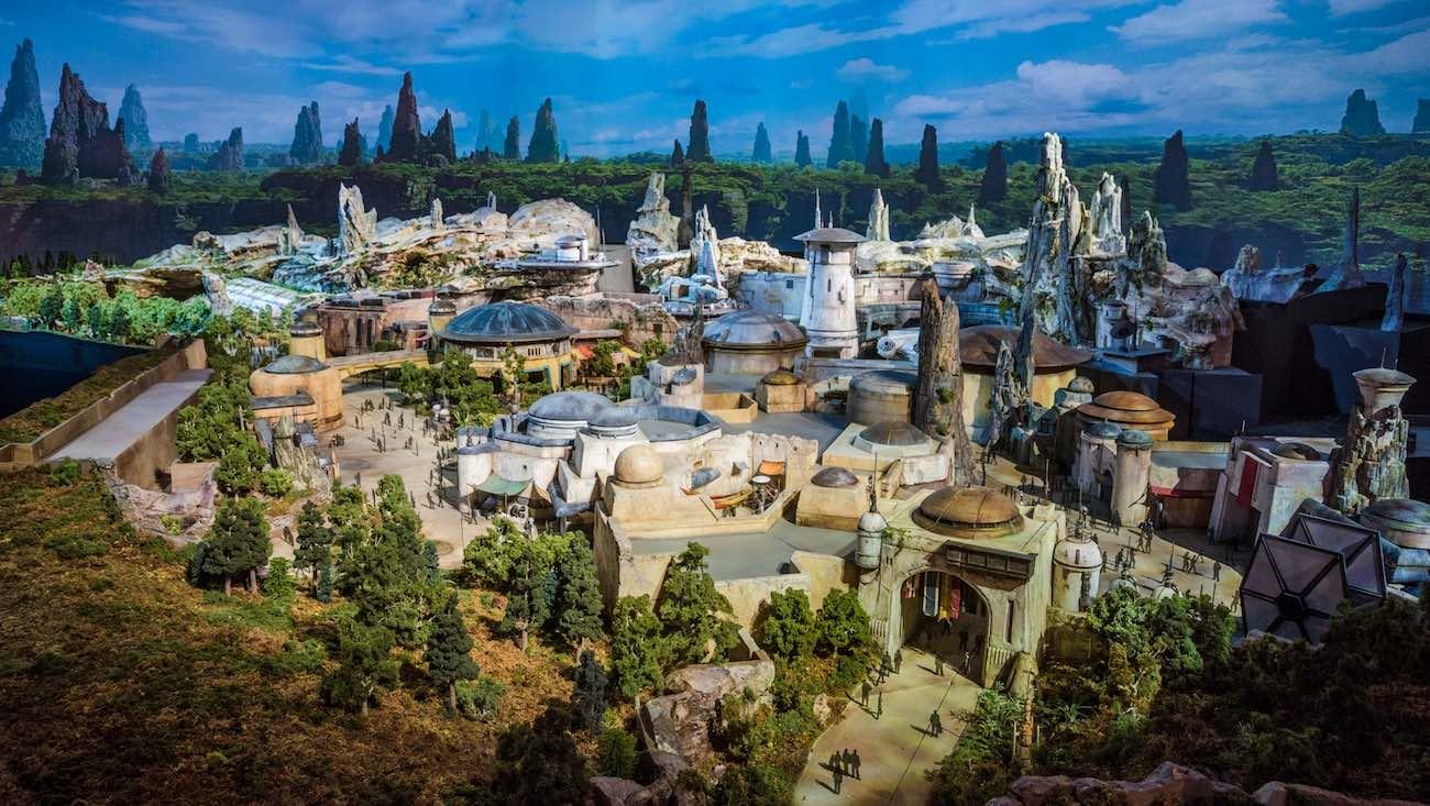 """Vídeo: Disney lanza parque temático de """"Star Wars: Galaxy's Edge"""""""