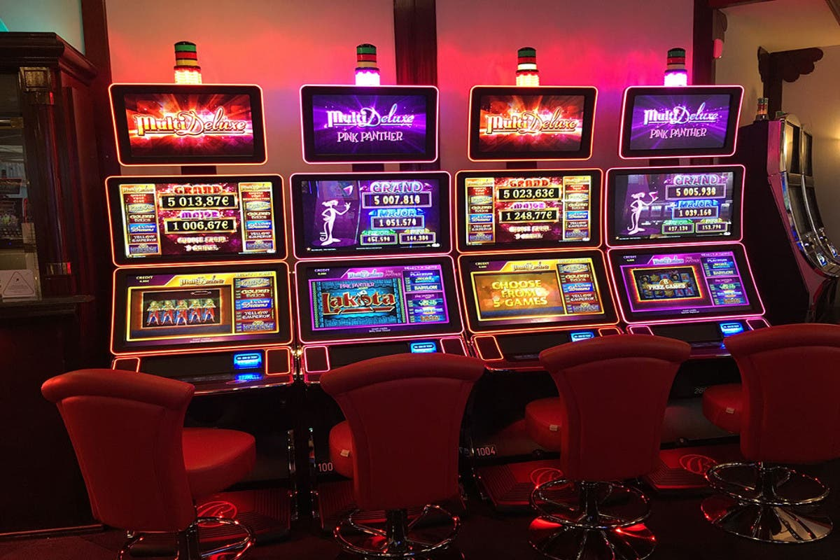 Decomisan indumentaria de casino ilegal en Progreso, Yucatán