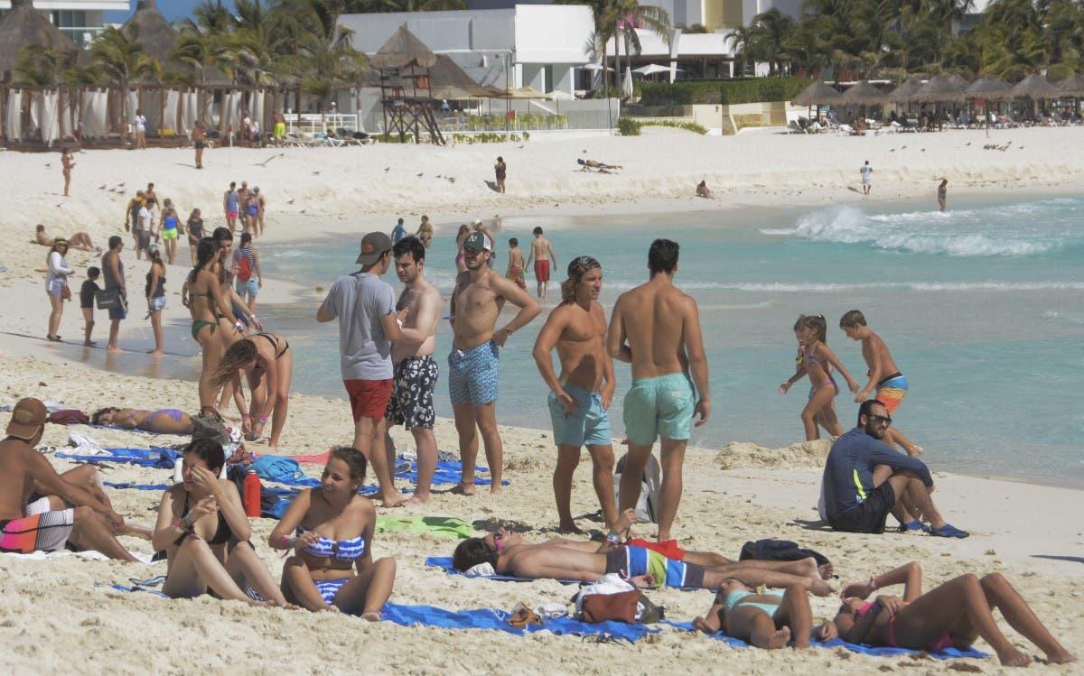 Diputados autorizan el impuesto por hospedarse en hoteles de Cancún