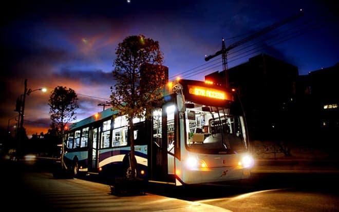 Empresarios solicitan aumentar el horario del transporte público en Cancún