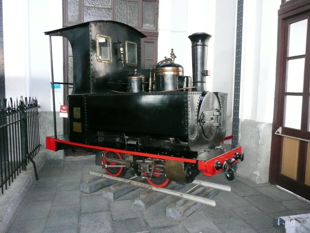 Una Couillet 986 encontrada en el museo de ferrocarriles de Madrid, España.