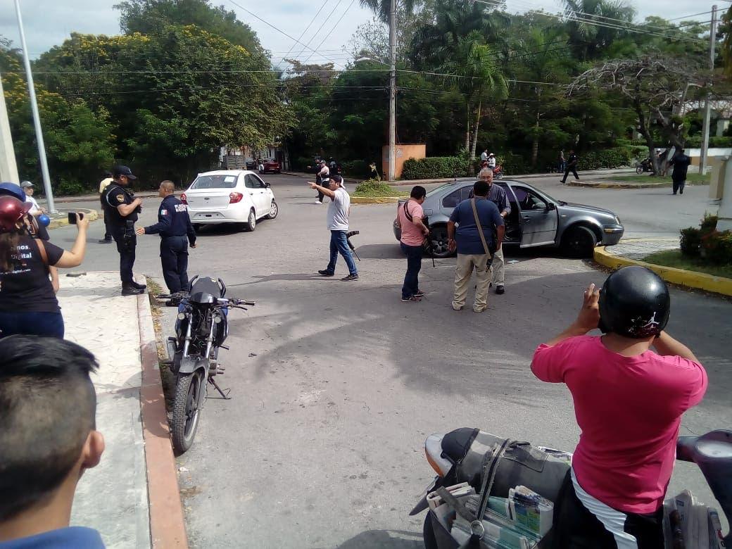 Sobreviven a intento de ejecución en Cozumel; dos heridos