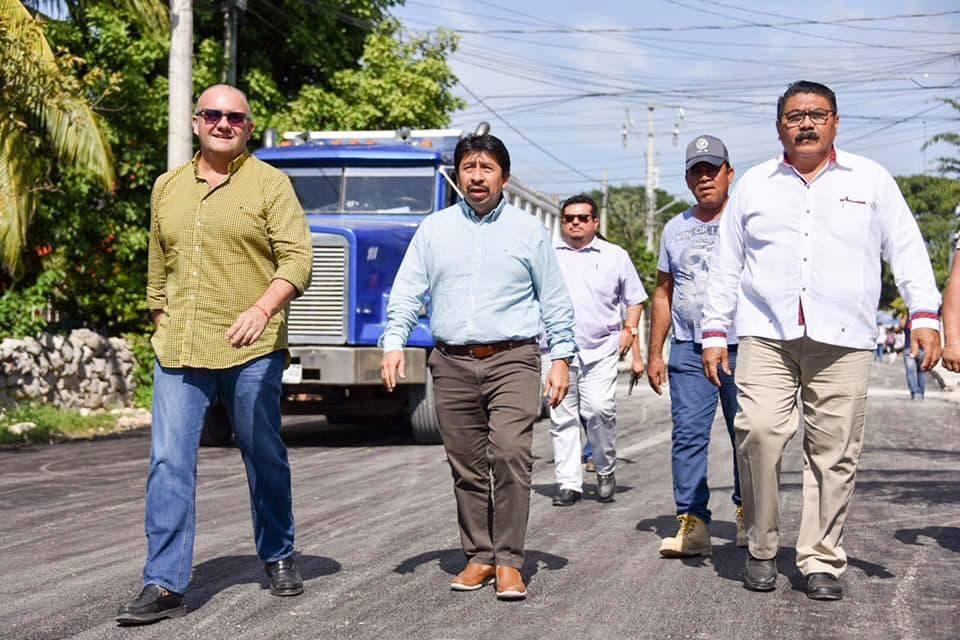 El alcalde Víctor Mas mejora imagen de Tulum