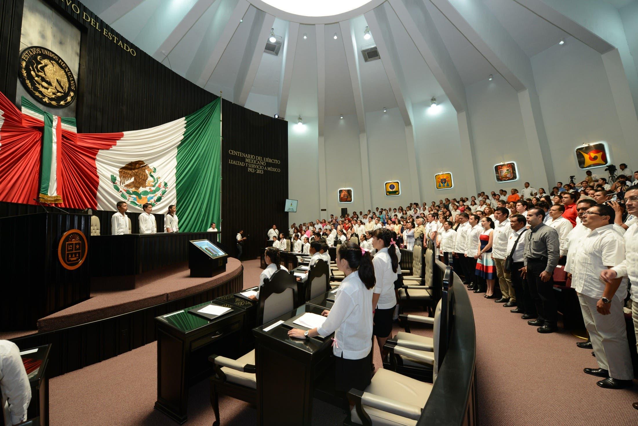 Morena va por Congreso de Quintana Roo