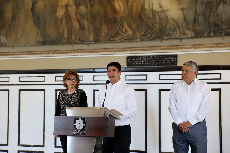 Gobierno del Estado remueve a 21 escribanos públicos y suspende a dos notarios