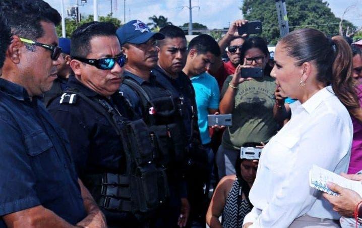 La alcaldesa de Cancún llegó a un acuerdo con los policías municipales, pero el problema de la inseguridad no cede.