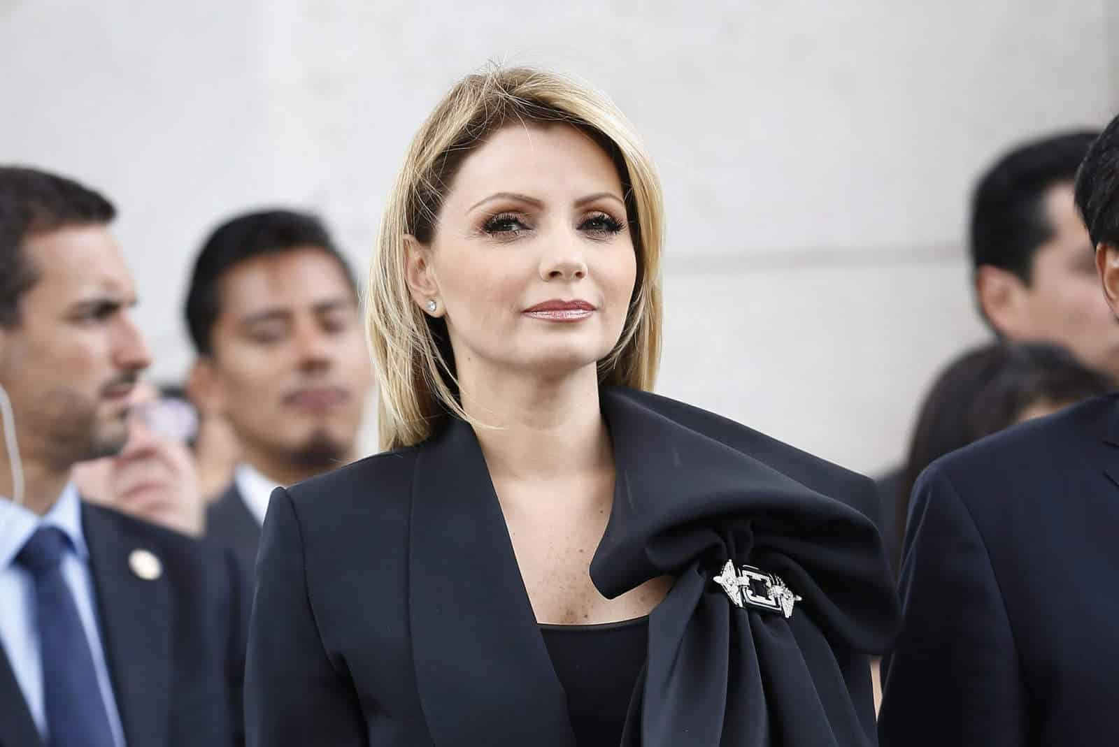 """La Gaviota"" Angélica Rivera estrena ""casa blanca"" valuada en 64 millones de pesos"
