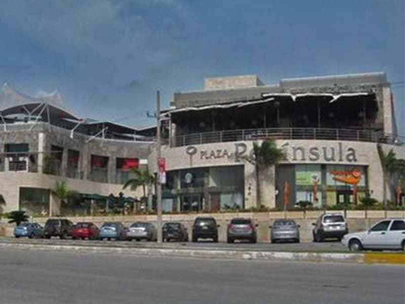 Asalto Plaza peninsula
