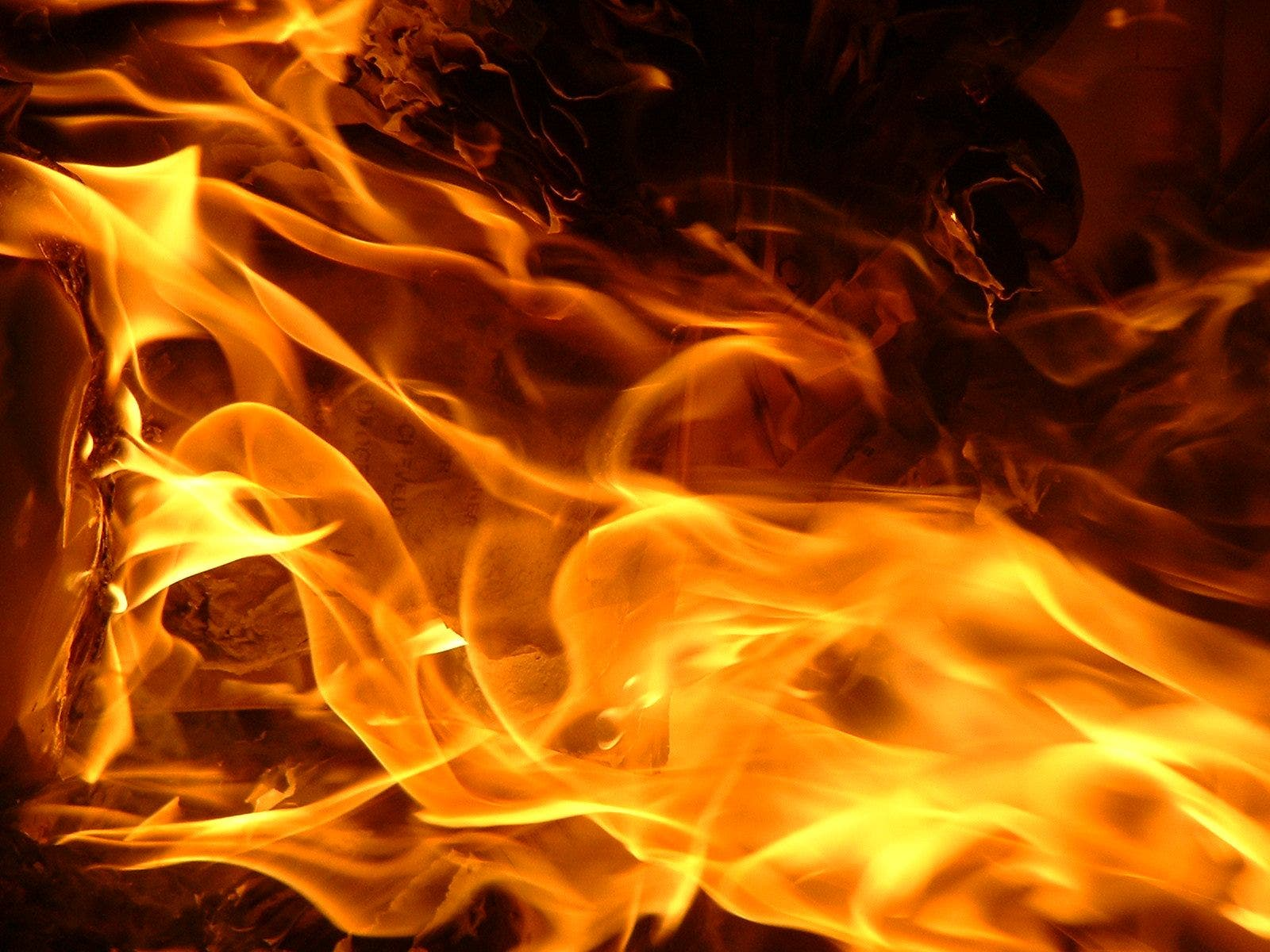 Ancianos pierden su hogar por un incendio en Yucatán