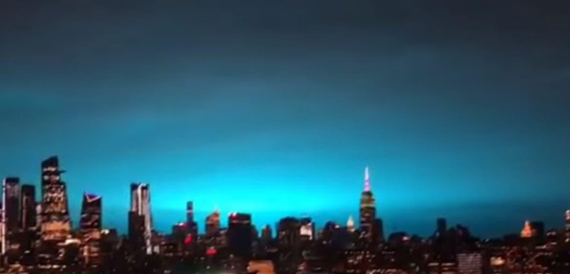 Vídeo: Impresionante fenómeno de luz que pasó en el cielo de Nueva York