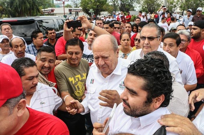 Carlos Romero Deschamps durante la campaña en favor de José Antonio Meade Kuribreña, excandidato del PRI a la Presidencia.