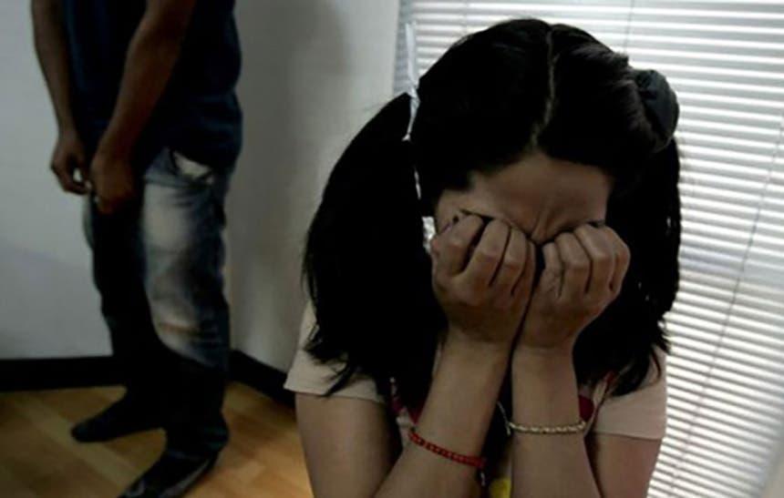 Hombre violaba a las hijas de su pareja
