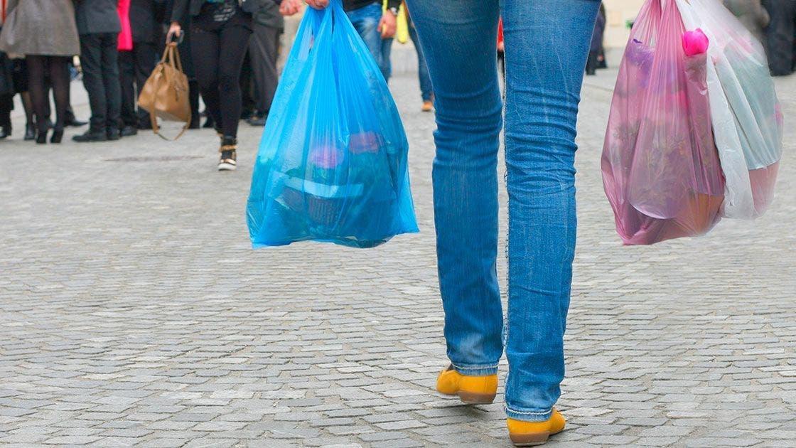 Yucatán podría ya no usar bolsas y popotes de plástico