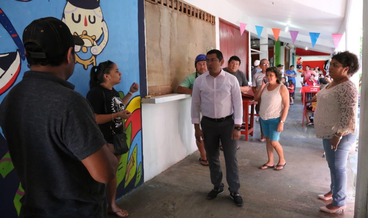 Desean reactivar la economía en los mercados de Isla Mujeres