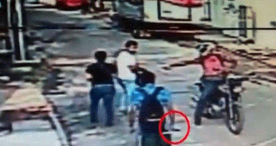 Vídeo: Le dan una paliza a ratero tras fallar en su intento de robo