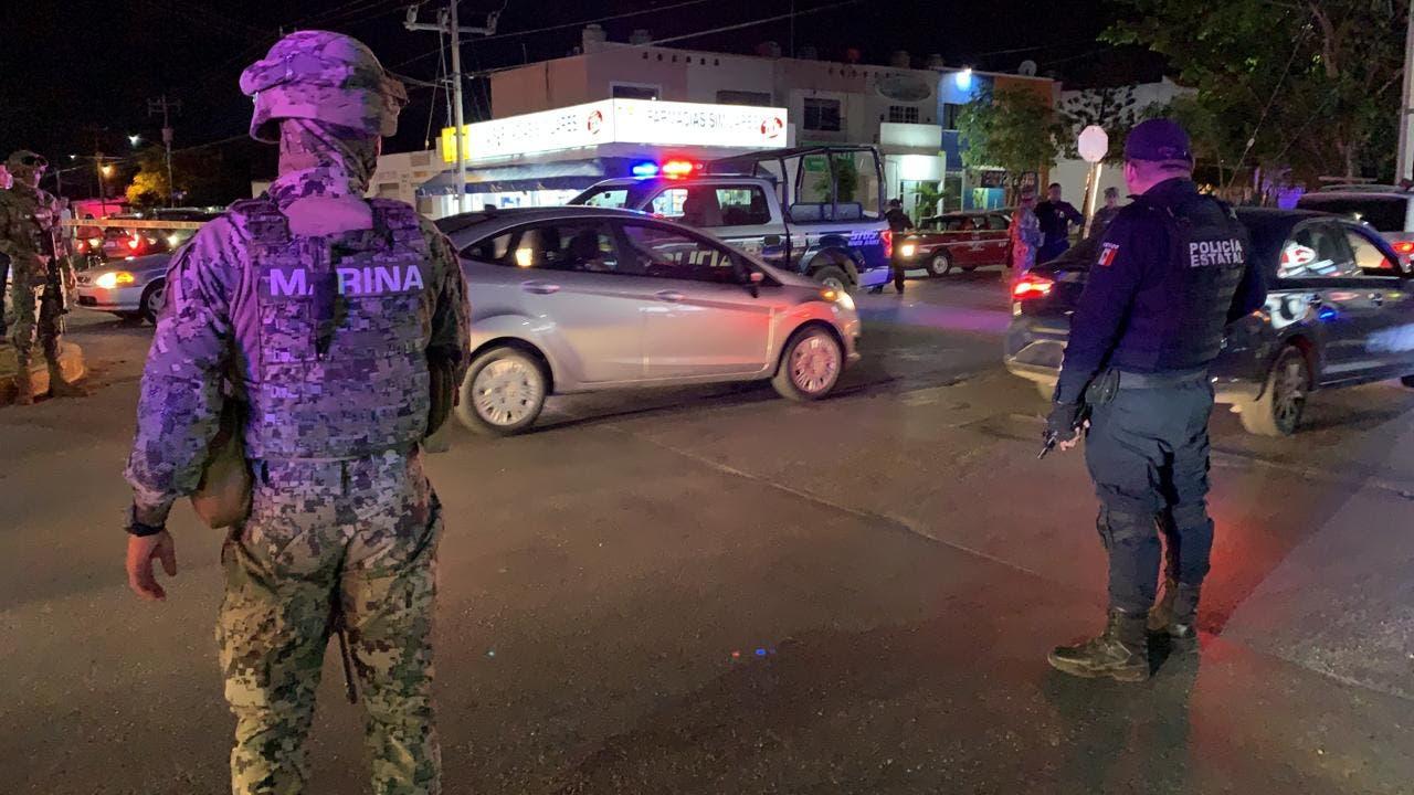 Sobreviven policías estatales a intento de ejecución en Cancún