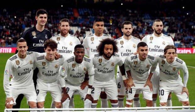 UEFA: Aficionados del Ajax llevaron serenata al Madrid; hubo detenidos