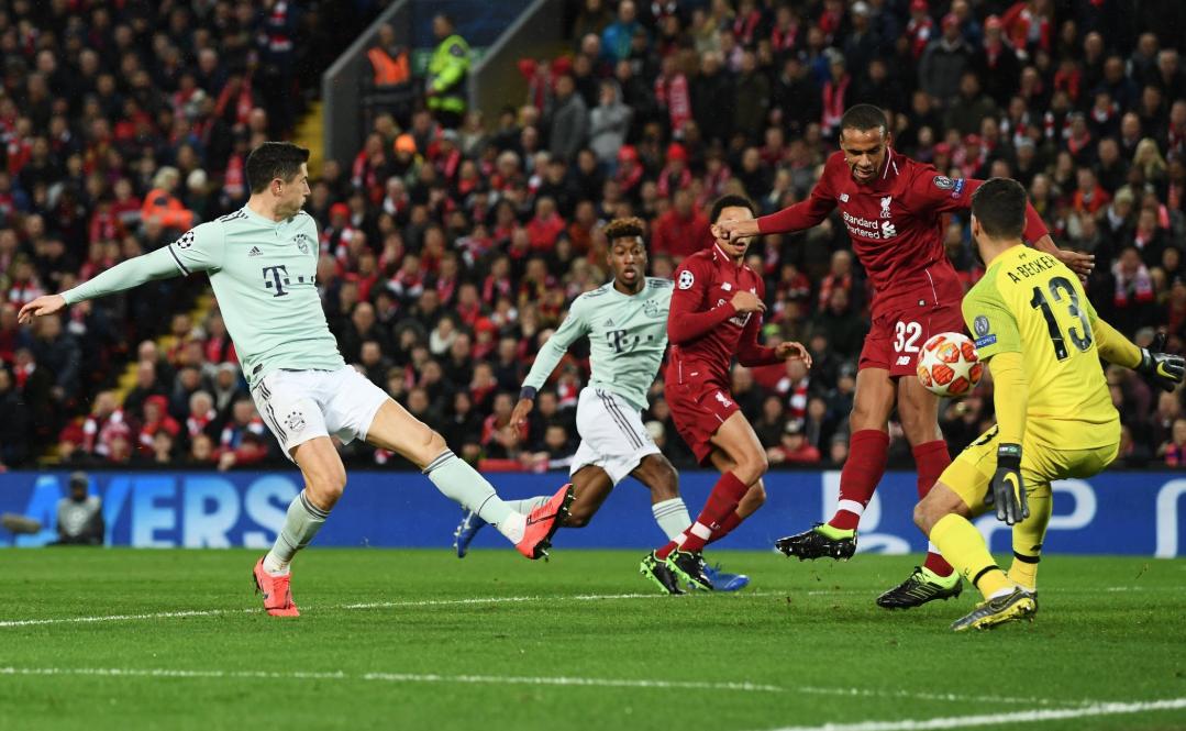 UEFA: Liverpool y Bayern empatan 0-0 en Octavos de Final Champions League