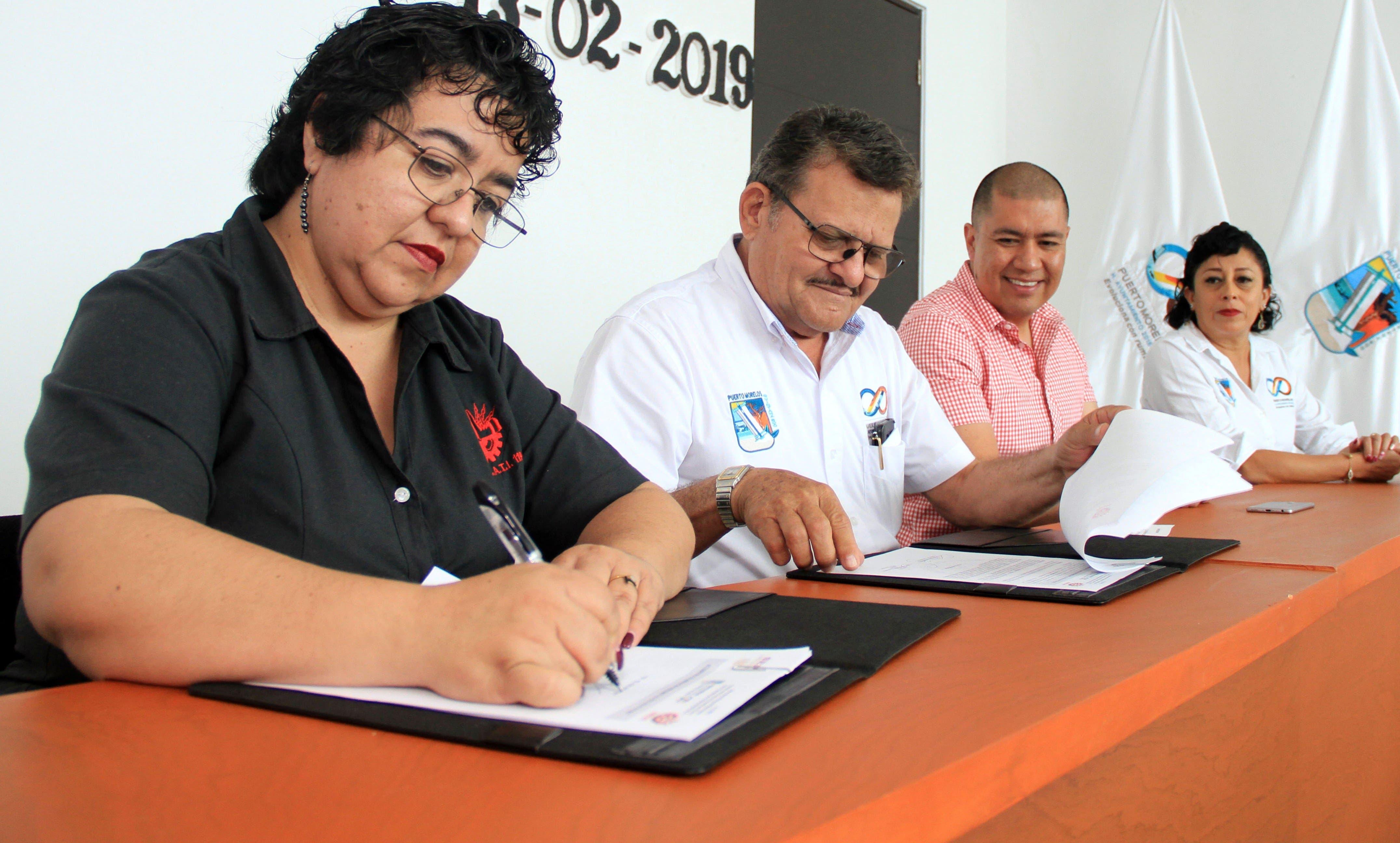Laura Fernández formaliza alianza con Cecati 119