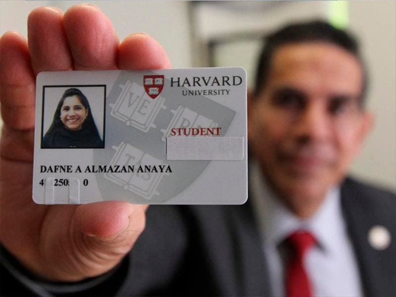 La mexicana que hará historia, será la primera menor de edad en ser admitida en Harvard
