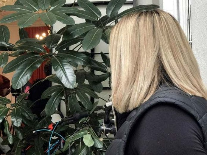 Narra mujer tortura policíaca en el Edomex, acusada de robar cartera