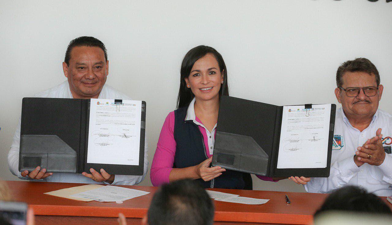 Puerto Morelos firma convenio con el ICATQR
