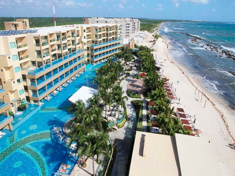 Galardonan a complejos hoteleros de la Riviera Maya en los premios Travvy