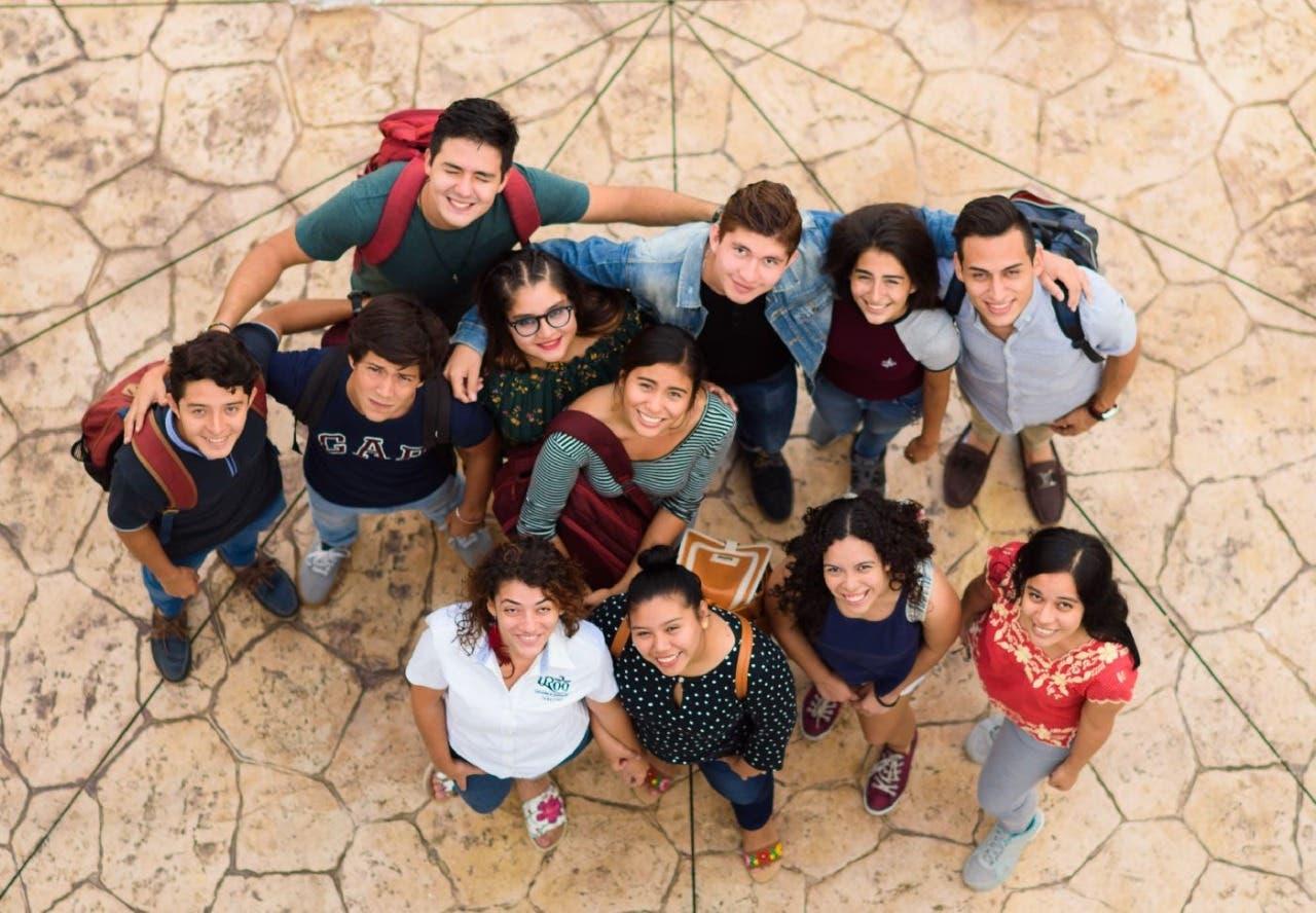 Acreditan a nivel nacional licenciatura de la UQROO Playa del Carmen