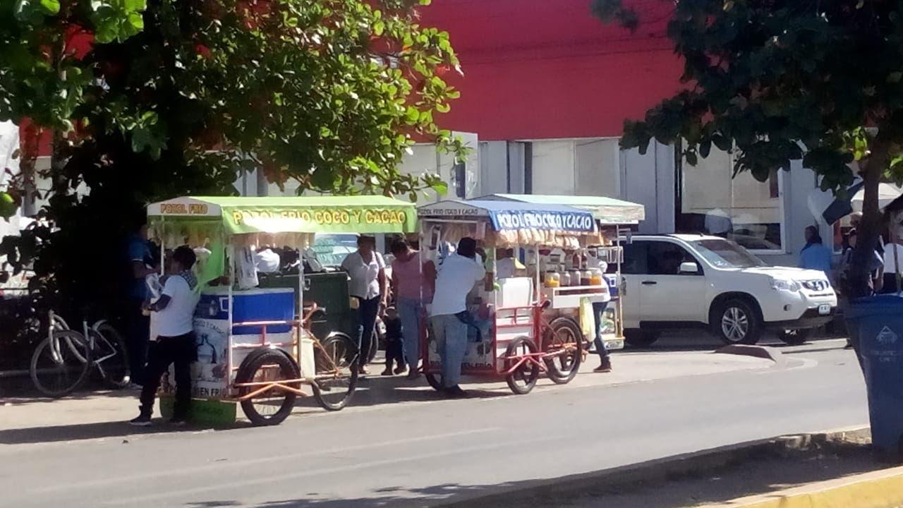 Comercios en Playa del Carmen 2