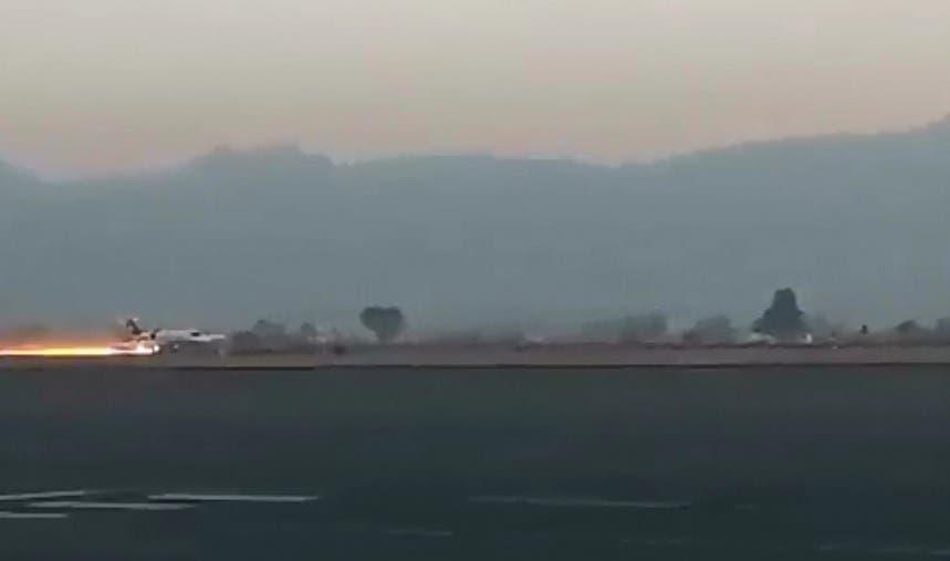 Vídeo: Tremendo incendio que generó un avión al caer de manera aparatosa en el Aeropuerto de Toluca