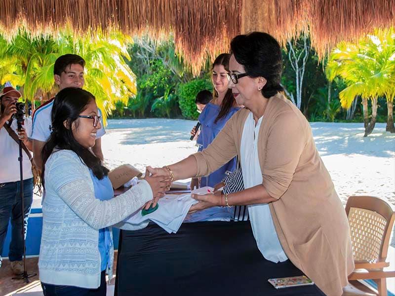 Fundación en Cozumel convierte a jóvenes en agentes de cambio social