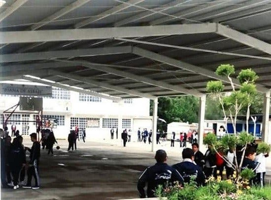 Estudiante muere de un balazo en la secundaria