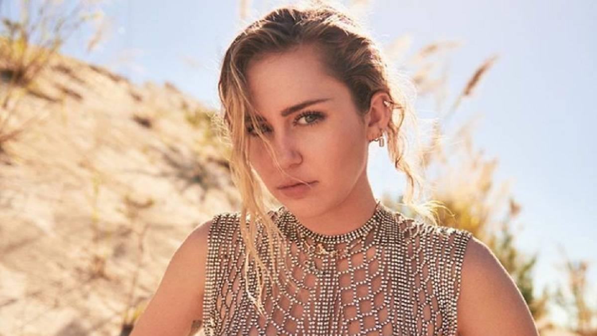 Fotos: Miley Cyrus reta a Instagram al subirse sensual y en topless