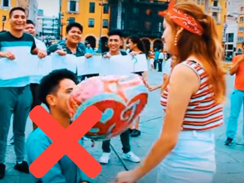 Vídeo: Rechazan a chavo en el Día de San Valentín al pedirle a chica que sea su novia